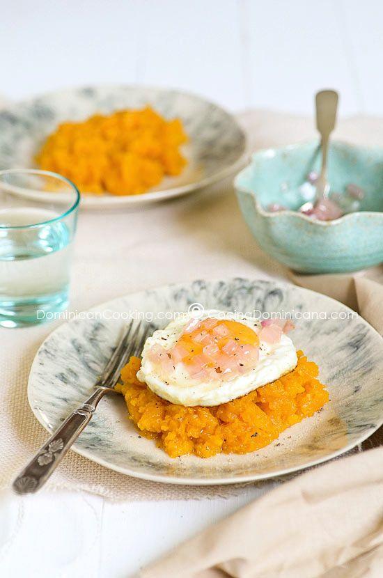 Mazamorra (Puré de auyama)Pumpkin Puree, Mazamorra Mashed, Mashed Pumpkin, Latin Food, Pumpkin Recipe, Breakfast Recipe, Dominican Food, Dominican Recipe, Dominican Breakfast