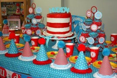 Love the 'Cat in the Hat' cake.   Super cute table display!!