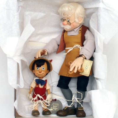 R John Wright Hand Signed Series 1 Disney Pinocchio Geppetto Marionette
