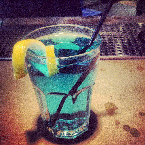 The Sonic Screwdriver... 2oz citrus vodka, 2oz blue curacao, ginger ale - ice, shake, strain.