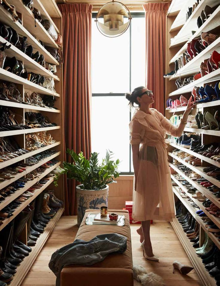 Image by Colin King on Portfolio Vogue living, Closet