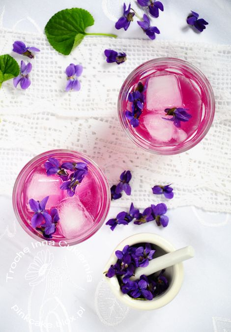 Lemoniada z fiołków Violets lemonade
