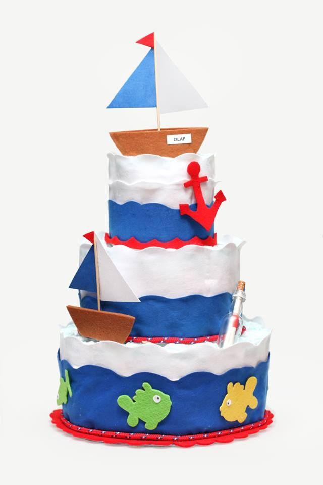 Marynarski tort z pieluch