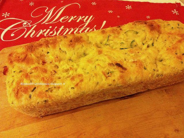 Pane mio alle zucchine e cubi di parmigiano by Kiosko di frutti di bosco, via Flickr