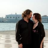 Love is in the air: Mega mezzo gets married with a bassplayer!