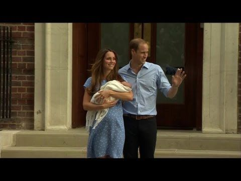 Royal baby boy leaves hospital: William and Kate's first public appearance with new son - BBC News