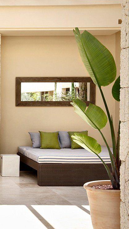 Interior Design mit Pflanzen.Gran Hotel Bahia del Duque Resort in Adeje, Teneriffa, Spanien