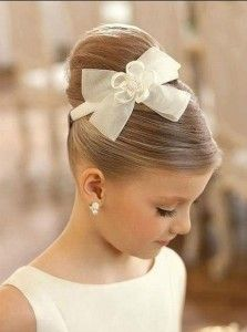 peinado de niñas elegante recogido