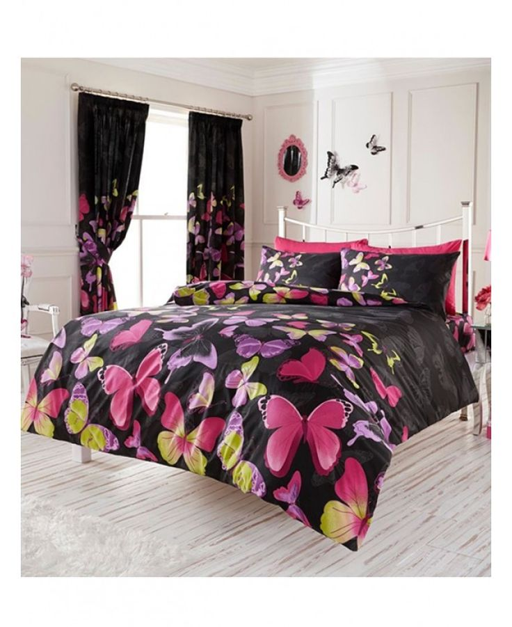 Girls of all ages will love this stylish and colourful Fashion Butterfly Bedding Set. The duvet cover and pillowcase feature a collection of pretty pink, purple and green butterflies set against a black background.