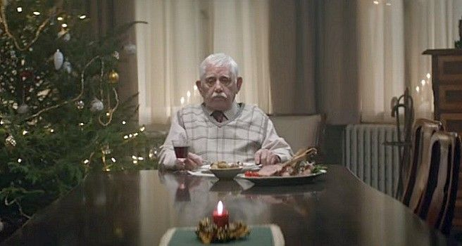 Elderly Gentleman Heartbroken Over Spending Christmas Alone Until This Happens