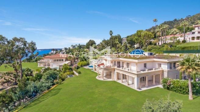 20 Bedroom Villa For Sale In Cannes 06220 France Rightmove Photos House Exterior House Styles Property