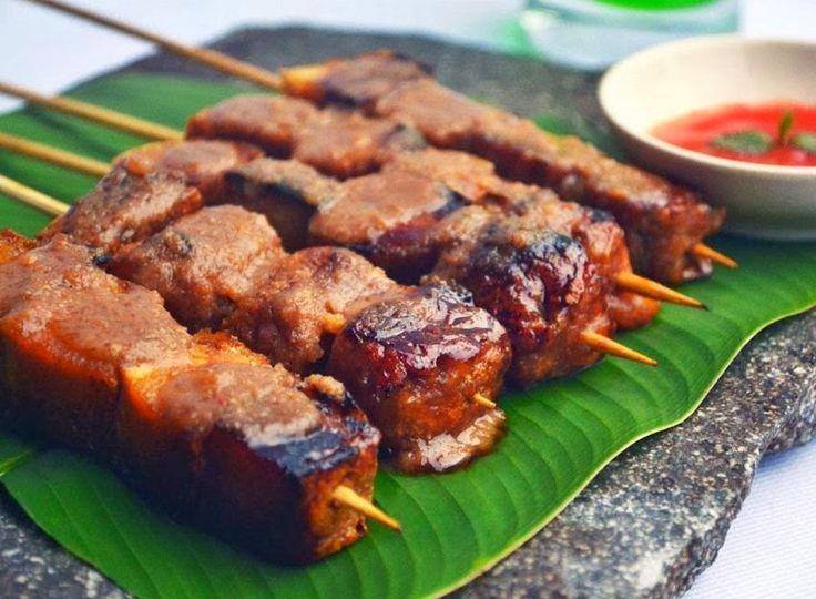 Resep Cara Membuat Sate Tahu Bakar Enak Praktis http://dapursaja.blogspot.com/2014/12/resep-cara-membuat-sate-tahu-bakar-enak.html