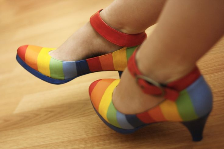 rainbow shoes. Now!!!!