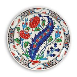 This hand painted Turkish decorative plate is a beautiful example of Iznik ceramics. This Turkish ceramic plate adds to your Turkish decor and Mediterranean decor. Our decorative plates are lead-free, and are lovely serving or decorative wall plates.