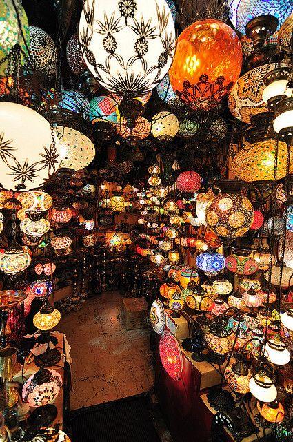 Turkish lanterns at the Grand Bazaar in Istanbul, Turkey. Gorgeous!