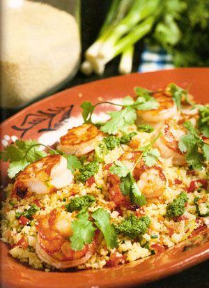 Dit recept van tabouleh wordt gemaakt met couscous, scampi en koriander en komt uit het boek Dagelijkse Kost van Jeroen Meus