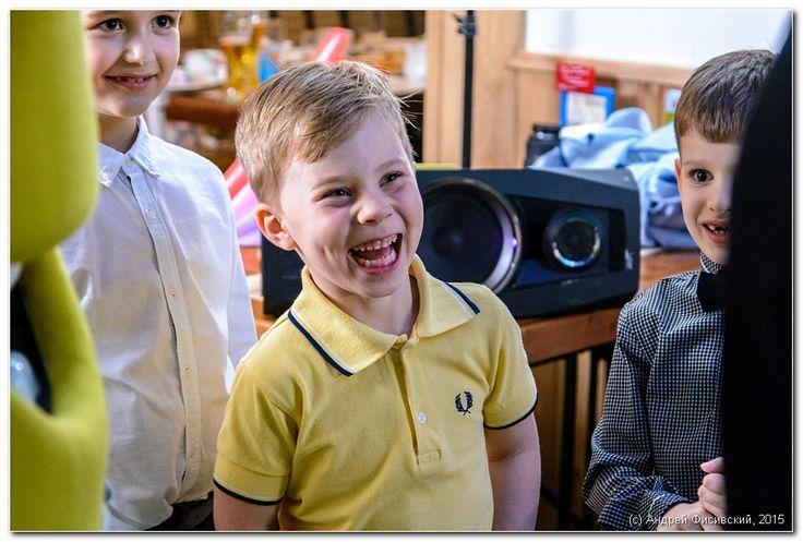 http://www.pixelvania.ru/  Детский смех это самая лучшая музыка в мире ))))  ---