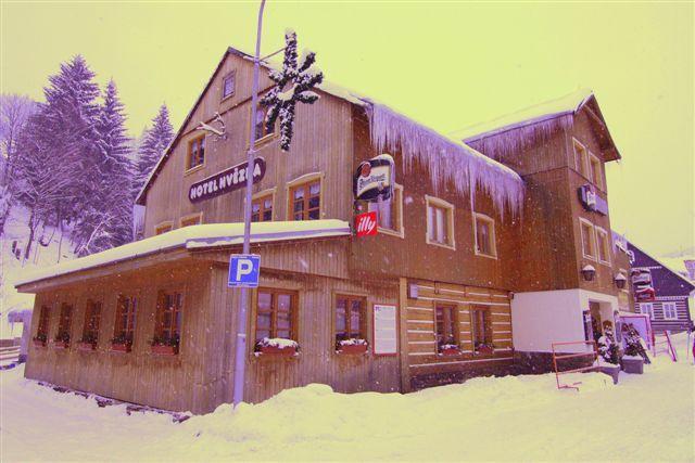Hotel Hvězda - Pec Pod Sněžkou Hotel 3* www.hotelhvezda.cz