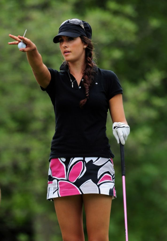 Searches Woman Golfer Russian