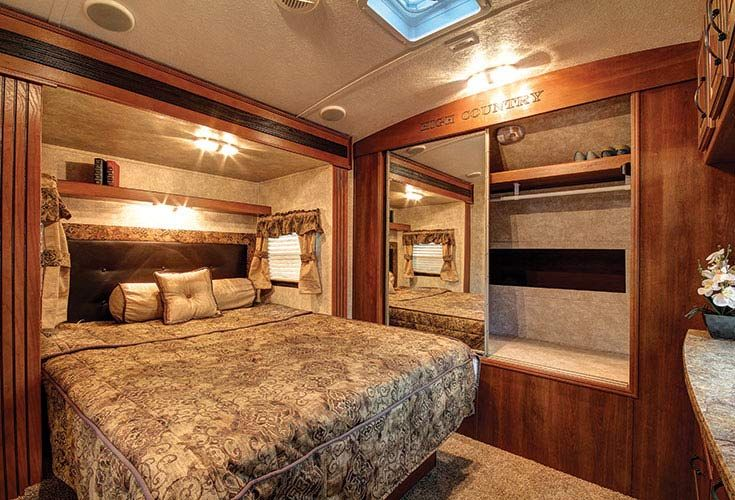 Luxury Rvs Luxury Rv Interior Bedroom Luxury Rv Bedroom