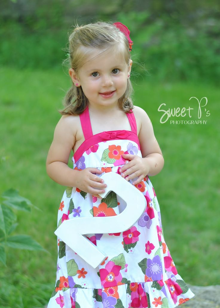 2 year old little girl photography Sweet P's Photography
