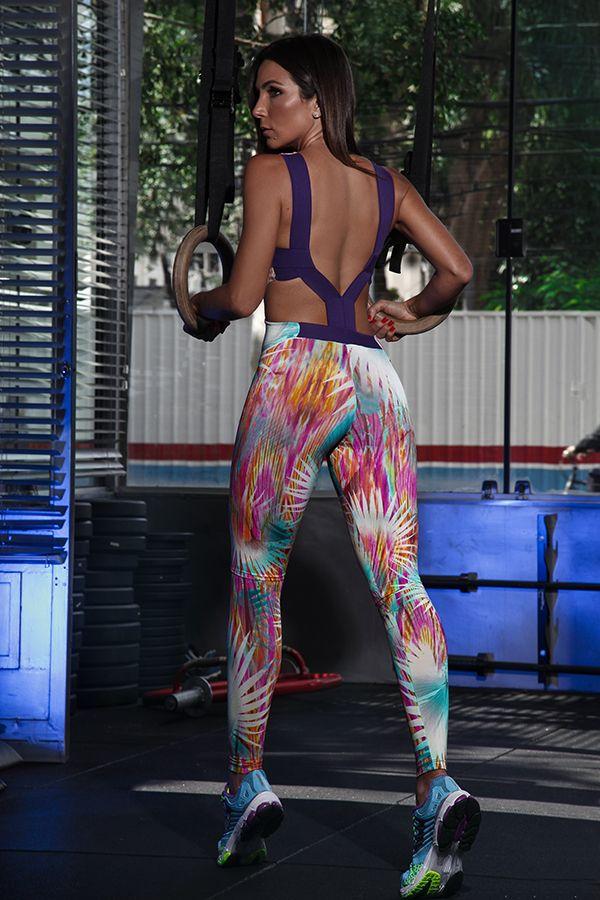 AEEEE!!! Muito orgulho em mostrar para vocês mais uma coleção de moda fitness que faço em parceria com a CCM. A CCM, que sempre me deixou gata para queimar as calorias da vida, virou minha parceira…