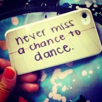 Kiedy ostatnio tańczyłeś?  Najbliższa okazja to wyjazd narciarski  info:http://snowpartycamp.pl