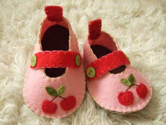 adorable, tiny felt cherry baby shoes