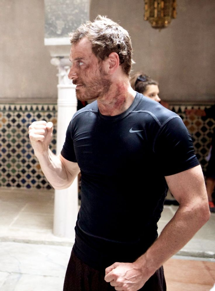 I love you all : Michael Fassbender on set of Assassin's Creed   Movie