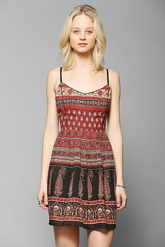 Band Of Gypsies Lace-Up Back Fit & Flare Dress