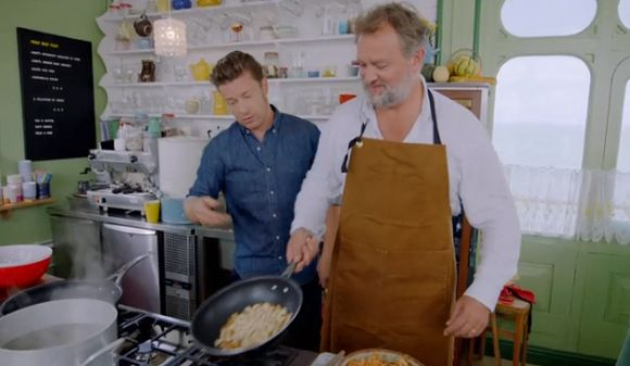 Hugh Bonneville (Lord Grantham Downton Abbey)  pad Thai recipe on Jamie and Jimmy's Friday Night Feast