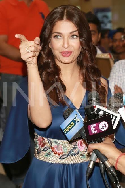 Aishwarya Rai Bachchan stuns in blue at a launch event! | PINKVILLA