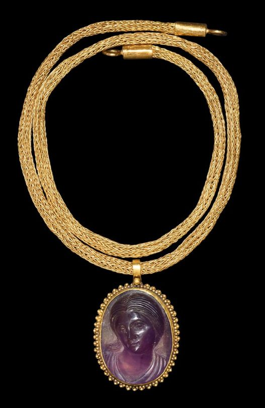Ancient & Medieval History - Roman Amethyst Venus Cameo Pendant with Gold Chain, 1st-2nd Century AD                                                                                                                                                                                 More