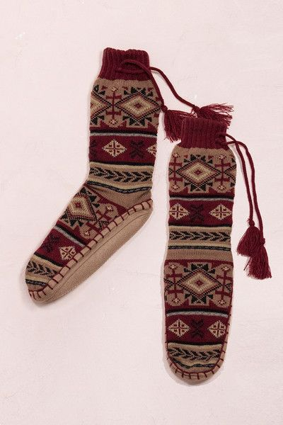 Get ready to lounge in comfort and warmth this coming fall and winter, with these Navajo Pattern Sock-Slippers. For yourself or as a gift, this comfy/cozy pair