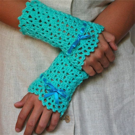 Lace Arm Warmers Knitting Pattern : 354 best Crochet Accessories: Handwarmers, Gloves & Mittens images on Pin...