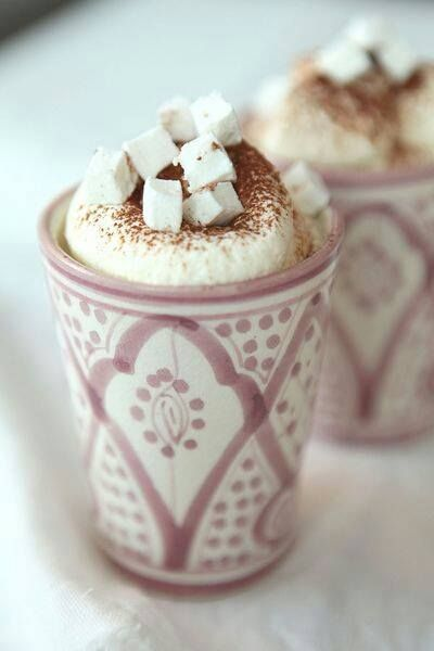 Chocolat chaud, chantilly, marshmallows