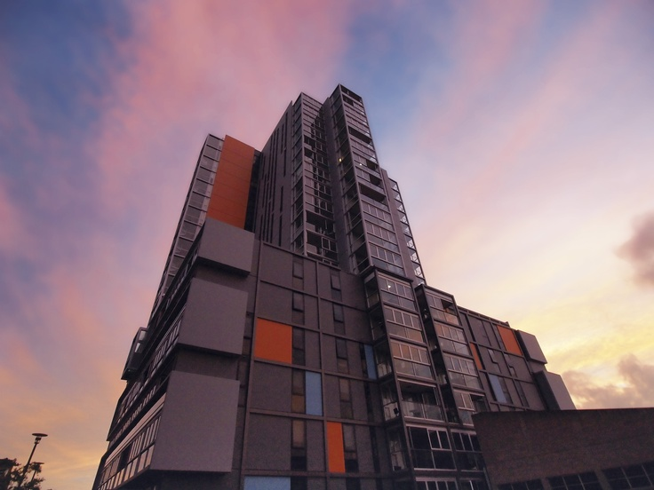 iStay Precinct - exterior building side