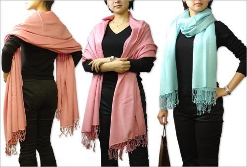 comment porter et nouer un pashmina shawl comment and. Black Bedroom Furniture Sets. Home Design Ideas
