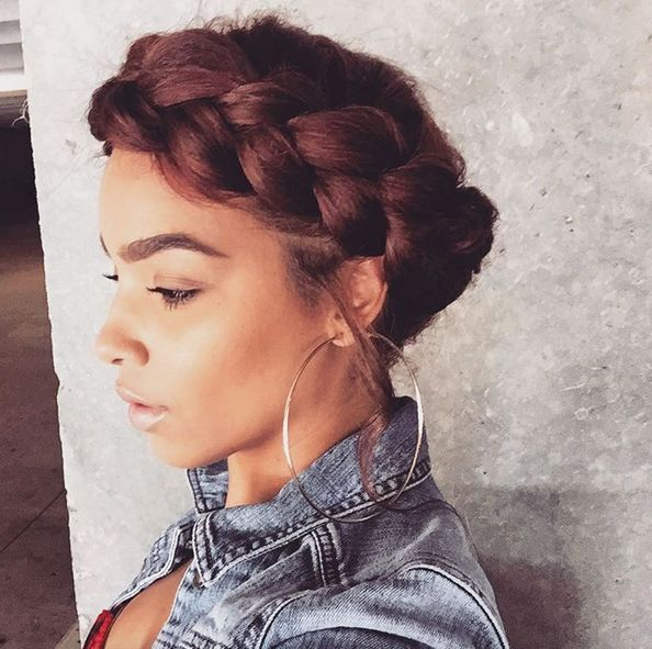 Miraculous 17 Best Ideas About Halo Braid With Weave On Pinterest Black Short Hairstyles Gunalazisus