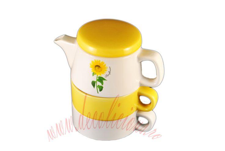 Setul contine ceainic cu imprimeu floral si 2 cesti. Ideal pentru zilele ploioase de toamna cand inca mai suntem cu gandul la vara ce a trecut. http://decolicious.ro/cadouri-femei/35-set-ceainic-cu-2-cesti.html