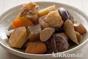 筑前煮のレシピをご紹介。鶏肉とごぼうと里芋を使って簡単お手軽に調理できます。炒め物や煮物から揚げ物まで様々な献立レシピを簡単検索!お弁当や健康(ダイエット)レシピもご用意しています。キッコーマンのレシピサイト【ホームクッキング】