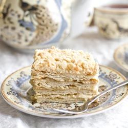 "Russian ""Millefeuille"" - ""Napoleon"": puff pastry, custard without sugar and condensed milk. (in Russian)Cake, European Recipe, Food And Drink, Food Bak, Napoleon Torte, Puff Pastries, Sugar Recipe, Condensed Milk, Food Recipe"