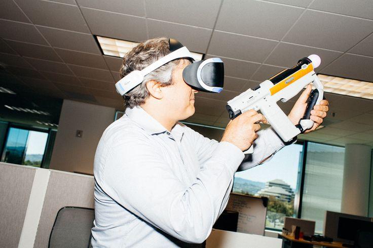 Sony Project Morpheus : le casque de réalité virtuelle arrive en 2016 pour quelques centaines de dollars - http://www.frandroid.com/marques/sony/289853_sony-project-morpheus-casque-de-realite-virtuelle-arrive-2016-quelques-centaines-de-dollars  #Réalitévirtuelle, #Sony