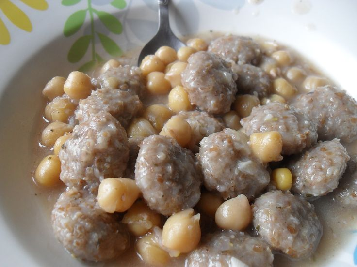 Zenkoul or burghal balls a dish eaten on good friday lebanese zenkoul or burghal balls a dish eaten on good friday lebanese meat recipes pinterest populer peralatan makan dan masakan forumfinder Image collections