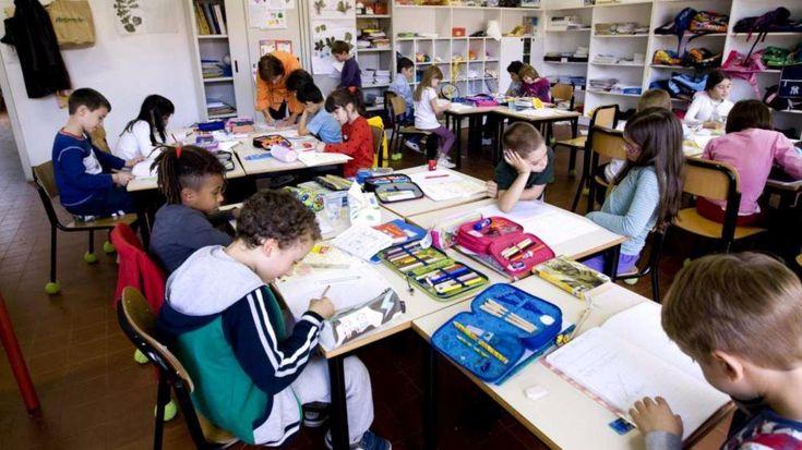 """Ladri rubano pc in una scuola elementare e i bambini scrivono una lettera: """"Ci fate pena"""" - http://www.sostenitori.info/ladri-rubano-pc-scuola-elementare-bambini-scrivono-lettera-ci-fate-pena/268556"""