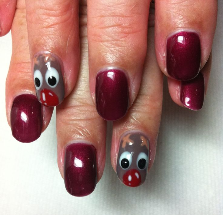 Christmas Nails shellac Rudolph