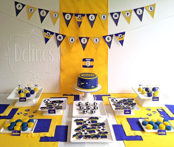 Mesa dulce inspirada en el equipo de futbol favorito de Mateo. En amarillo y azul.