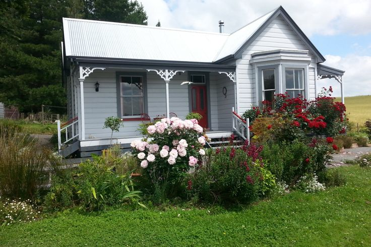 Rose Cottage, 1890s Rural Retreat. in Central Hawke's Bay District, Hawkes Bay | Bookabach