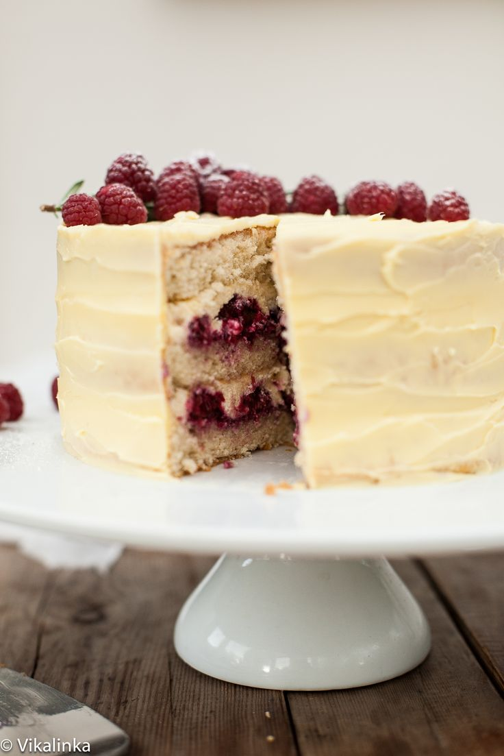 Frostbitten Raspberry Cake - nice ideas for raspberry filling for any layer cake