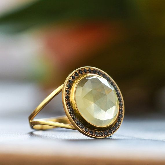 Name ❤14K Yellow Gold Ring with Natural Flatback Faceted Round Yellow Quartz and Natural Black Spinel, Fashion Ring, Statement Gold Ring, Handmade